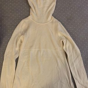 Banana Republic off white sweater XS